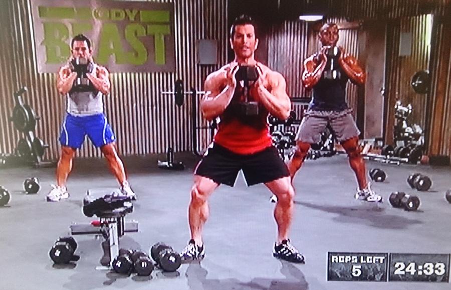 body-beast-bulk-legs-sumo-squat